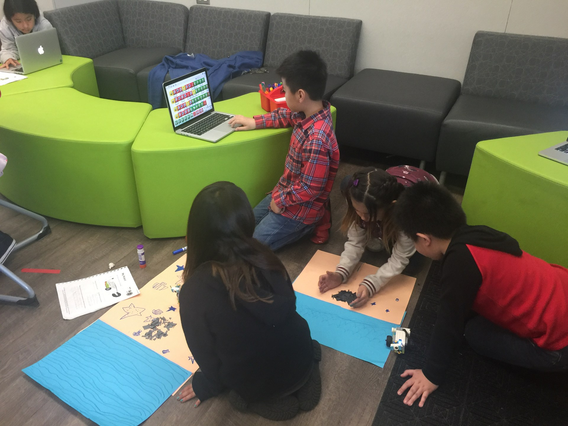 LEGO WeDo 2.0 Robotics Projects