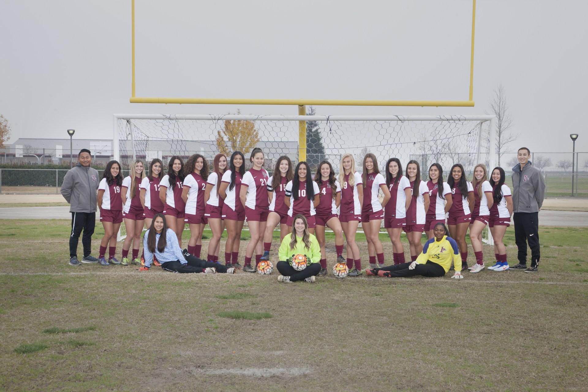girls varsity soccer 2017