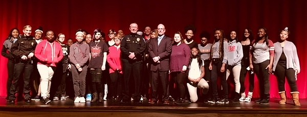 Mt. Healthy Jr/Sr High School and Springfield Township Police Department Partnering to Build Bridges with Students for Safety and Success Featured Photo