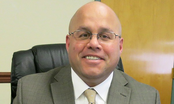 Superintendent Miguel Hernandez Photo