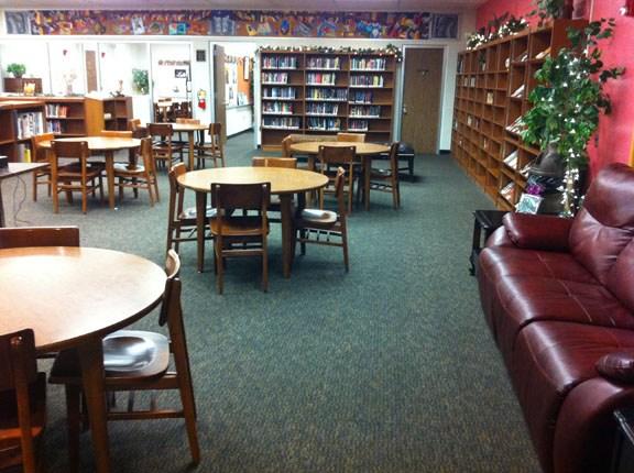 Altoona Area High School library.