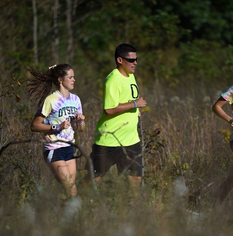 Steve Long running with former OHS XC runner Megan Aalberts.