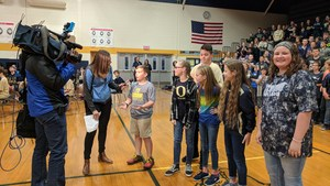 FOX 17 interviews students about OMS classes.