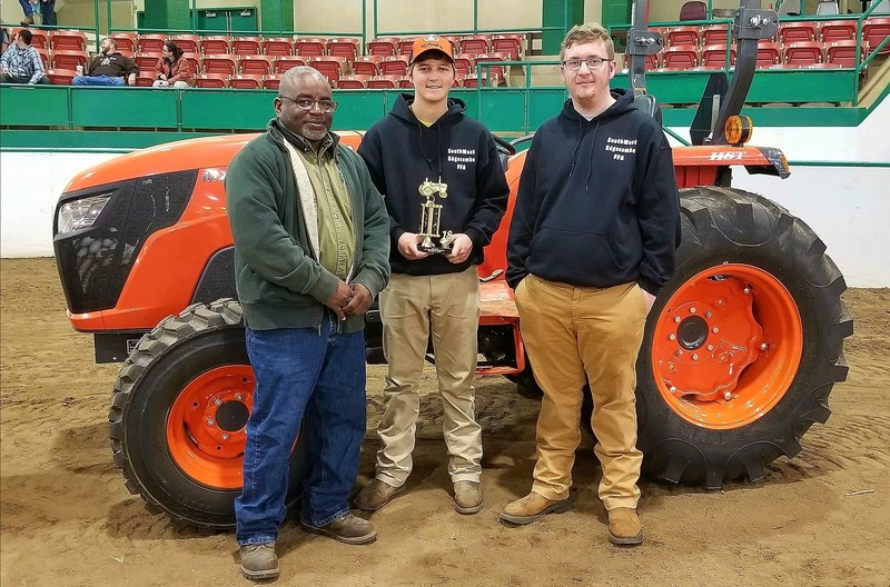 FFA Tractor Competition