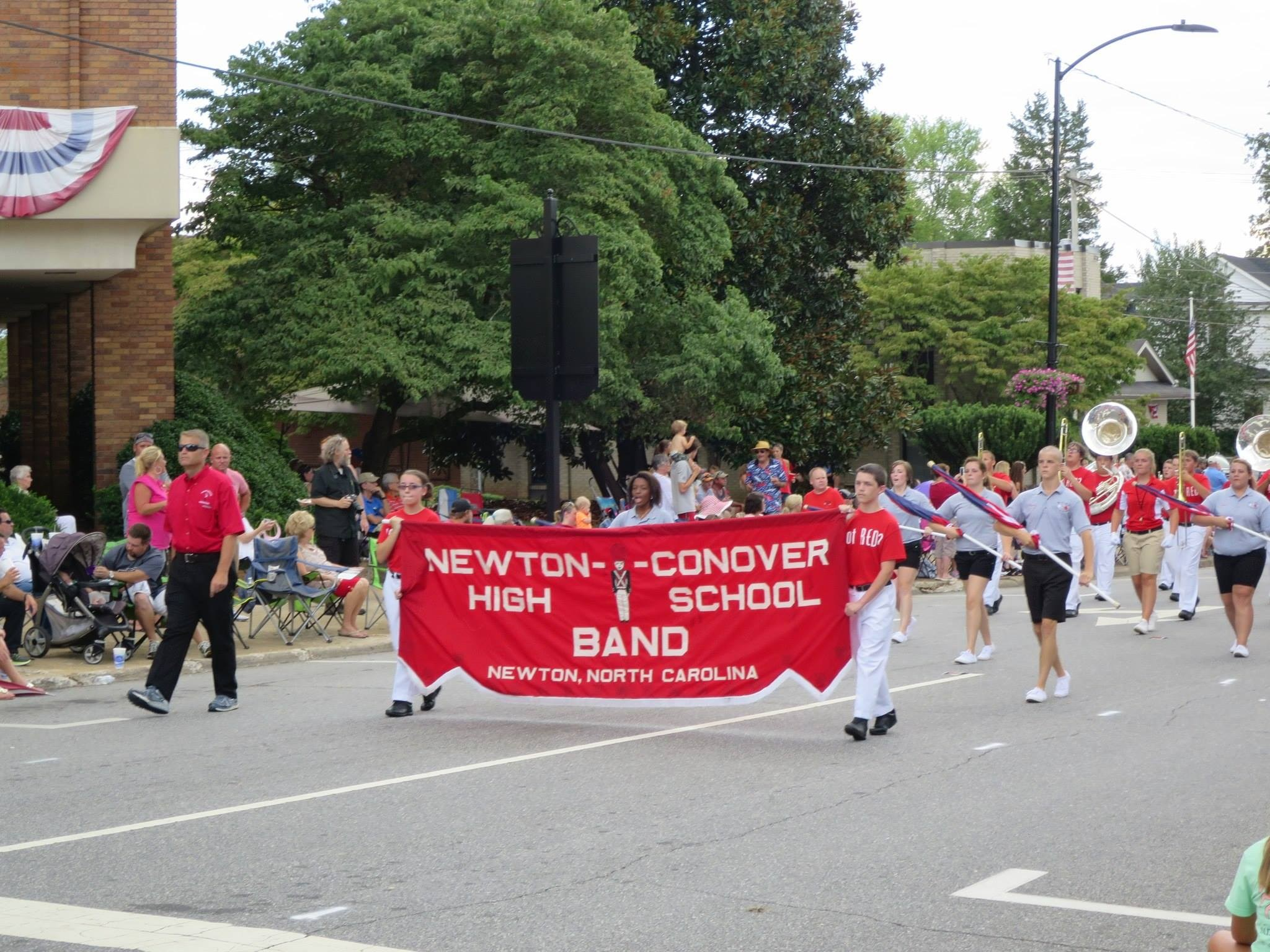 Band marching in the Old Soldiers Reunion Parade