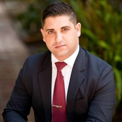 Ali Hashemian headshot