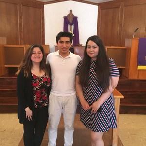 Student Ambassadors at El Divino Salvador 2.25.18.jpg
