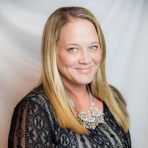 Hilary DeVries's Profile Photo