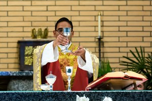 20170627 Father Miguel first Mass 4344.jpg