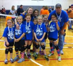 community_ed_grades_2_3_volleyball_second_place_lady_greyhounds_112613.jpg