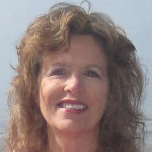 Corinne Van Buschbach's Profile Photo