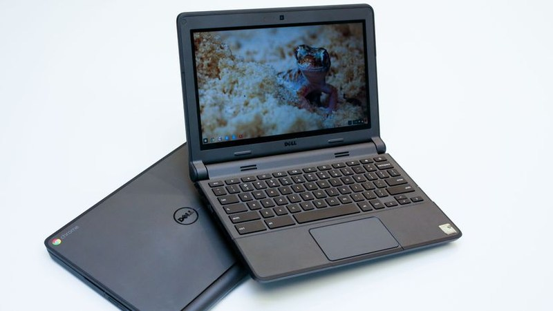 6th Grade Chromebook Distribution and Open House Thumbnail Image