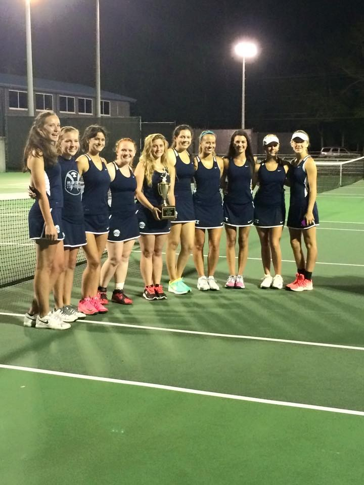 Girls Tennis at match