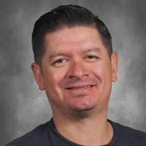 Manuel Santana's Profile Photo