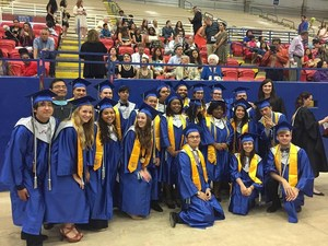 2017 Manor New Tech High School graduates