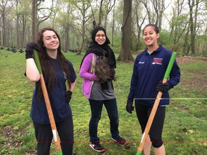 earth day with science club may 2017 (17).JPG