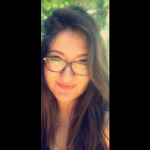 Elizabeth Pineda's Profile Photo